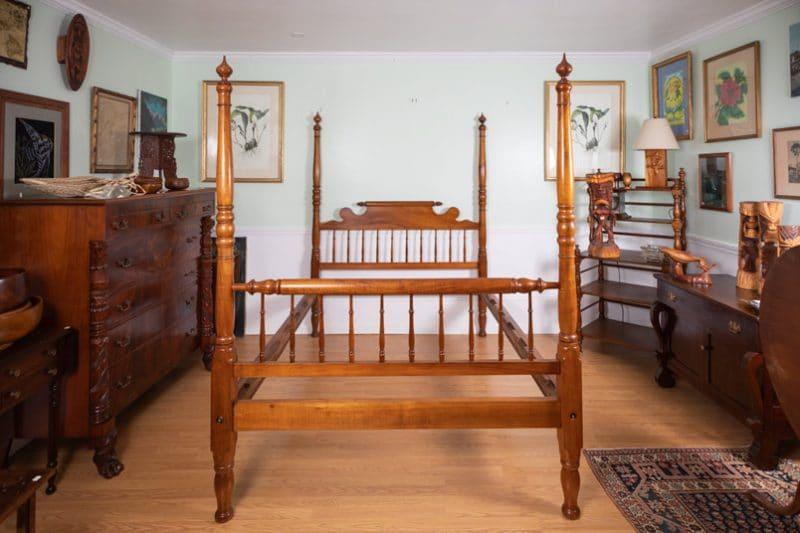 koa-four-post-bed