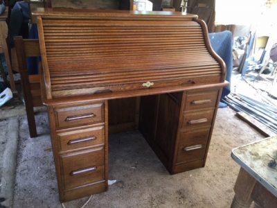 oak-rolltop-desk